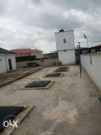 FOR SALE OR LEASE Newly built filling Station with 8 pumps at Eliozu Port Harcourt - image 3