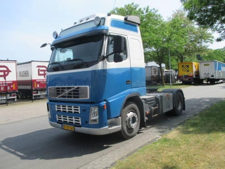 Volvo 4X2T FAL7.1 RAD-A4 - 2008