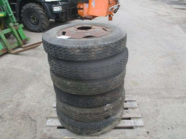 Sale 6 X Tyres On The Rims Wheel For