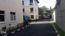Pent House 3 Bedrooms flat at Cable Estate