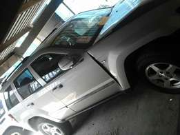 Jeep Grand Cherokee 4x4 3.0 2006 Model Breaking up Spares & Parts