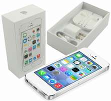 New In Box Apple iPhone 5s Silver Factory Unlocked capacity 32gb