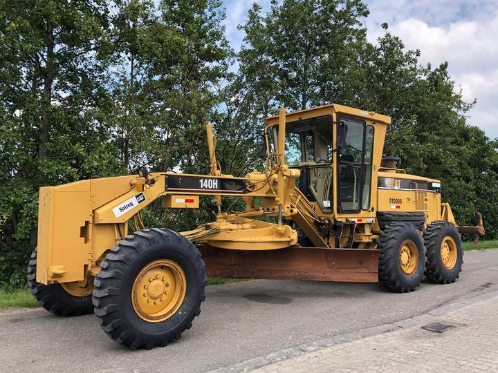 Caterpillar 140H Motor Grader PUSH BLOCK + MS RIPPER - 2005