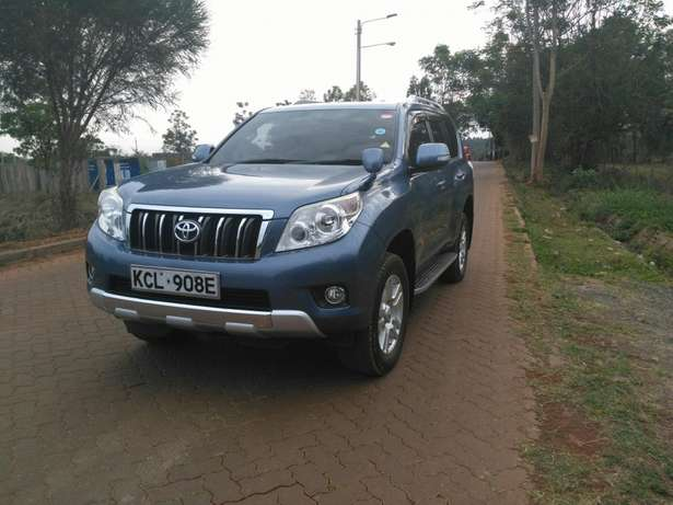 Toyota prado TZ 2011 with sunroof Ridgeways - image 5