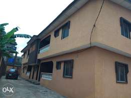 Superb 3bedroom Flat 250k up with 3 toilets at igando