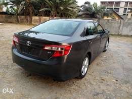 TOKS 2013 Toyota Camry SE just like New