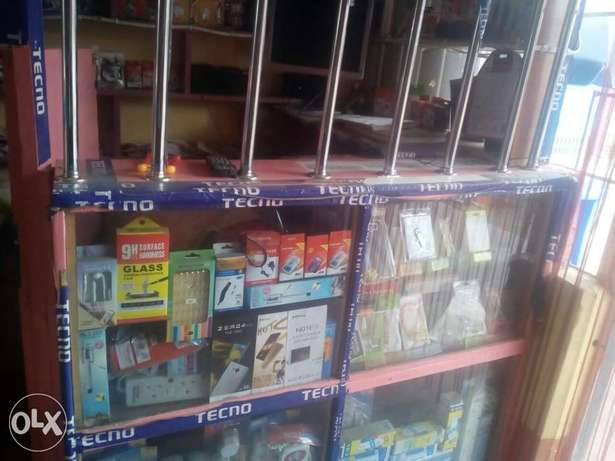 Kinyozi with Phone accesorie shop and mpesa for sale Githurai - image 3