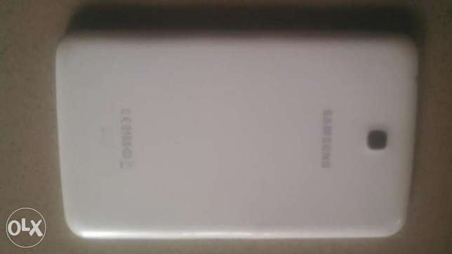 7 inches Samsung tab3 with SIM for browsing only (4G ntwrk) Yaba - image 3