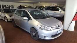 low low mileage auris 1.3x