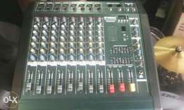Yamaha imported powered mixer 8 channels