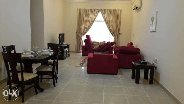 big flat 3 BHK 7500 QR F/F Madinat khalifa monthly and yearly contract