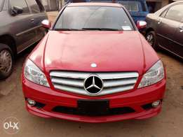 Tokunbo 4 matic Benz E300 09 on sale