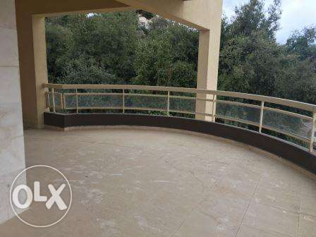 Ballouneh 220m2 - brand new - sea and mountain view - perfect catch