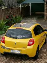 2008 Renault Clio Sport R27 limited edition Sirrus yellow 17/27