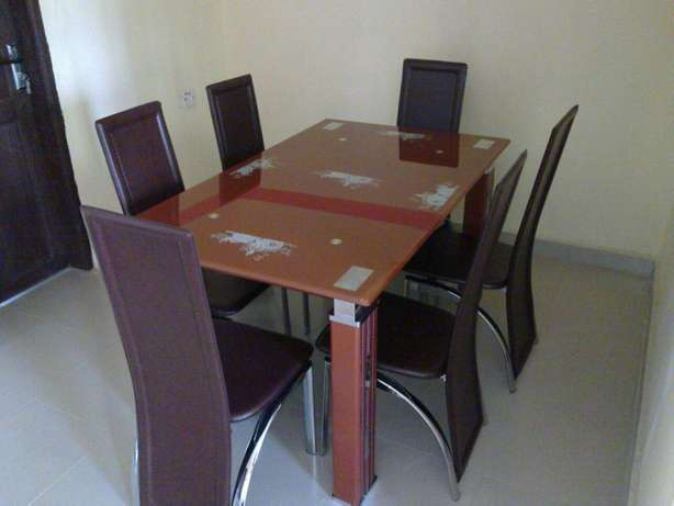 Glass dining table by6 brown Surulere - image 1