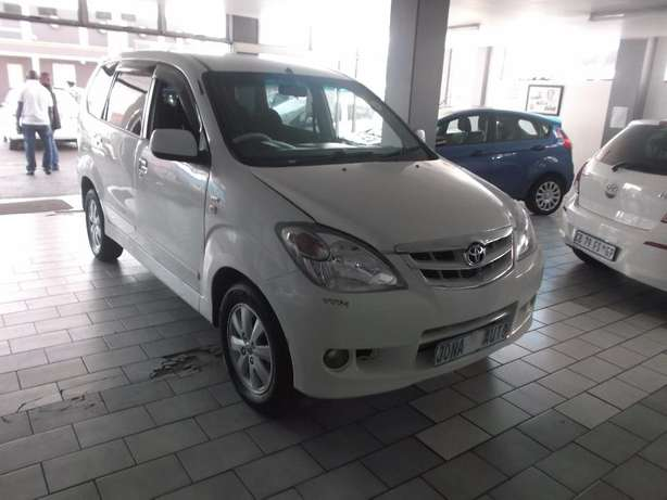 Pre Owned 2011 Toyota Avanza T 1.5 Johannesburg - image 2