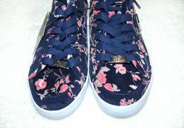 Guess Кеды - Жіноче взуття - OLX.ua 781b779cb52fd