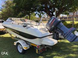 Speed Boat with 140HP 2 Stroke Yahama Engine
