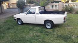 Wanted im looking for a nissan bakkie to buy cash