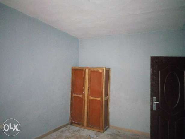 Room and parlour self contain to let at aule road Akure South - image 2