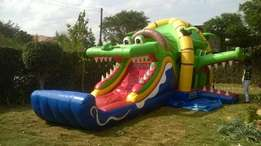 medium sized bouncing castle for hire