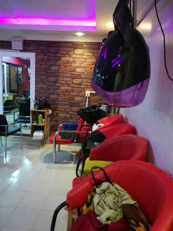 Fully Equipped Salon For Sale In Kikuyu - Prime Location Pangani - image 3