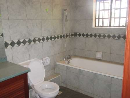 Captivating 4 Bedroom House For Rent, Karen, Karen - image 7