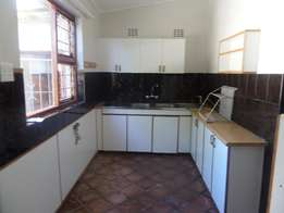 Spacious newly renovavated 3 bedroom to rent in Nahoon