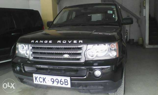 Range Rover 2700 cc X UK loaded with sunroof Mombasa Island - image 4