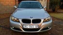 2010 BMW 320i 161000km, immaculate condition, call me today! Very neat