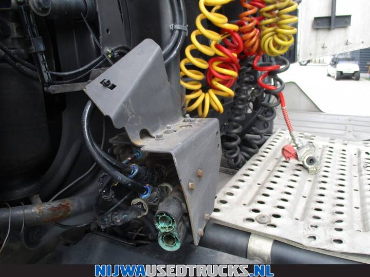 Renault T High 520 Retarder + ACC - 2015 - image 7