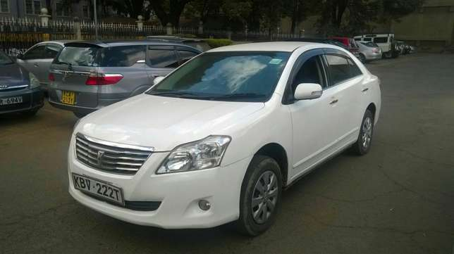 New shape well maintained Toyota premio on quick sell Nairobi CBD - image 3