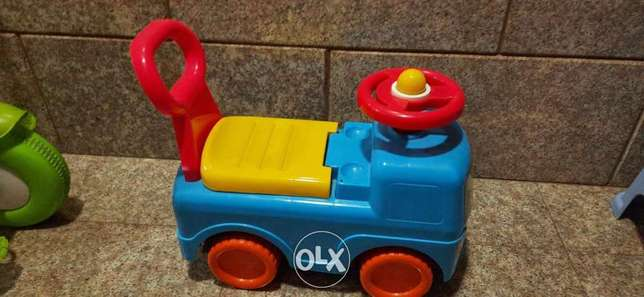 Pushing car and tricycle for kid ( 2 to 3 years)