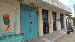 Two vaccants shop for rent in Zamzam area behind masjid tawba