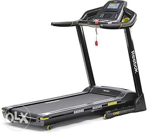Reebok GT40 One Series Treadmill 2.0HP 12 levels of electronic incline