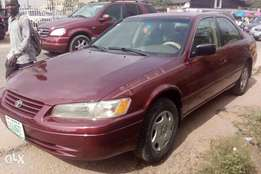 Toyota camry 1999 model first body