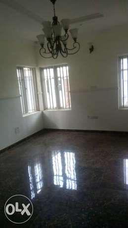 Spacious newly built 5bedrooms in Omole phase1 Moudi - image 8