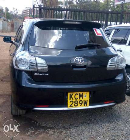 Quick sale! Toyota Blade KCM available at 1.15m asking price! Thika - image 5