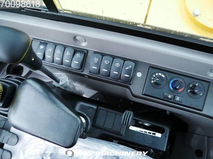 Volvo EC55C New unused machine - 2018 - image 12