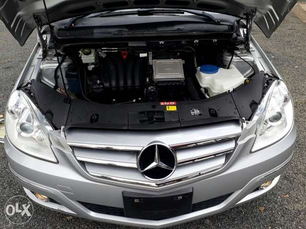 Mercedes Benz B180 Kcn. New Arrival South B - image 8