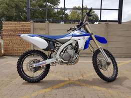 2011 Yamaha YZ450F - Fuel Injected - Pristine Condition!