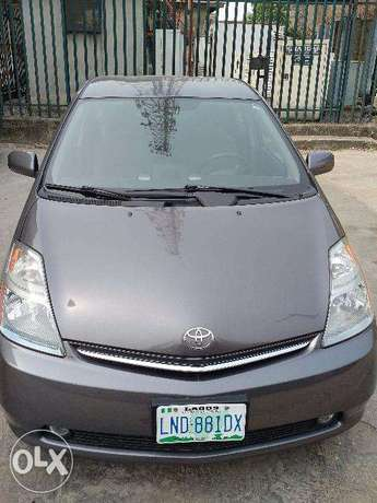 Toyota Prius Full Options in Excellent condition Lagos Mainland - image 1