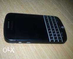 Clean Black berry Q10 for sale