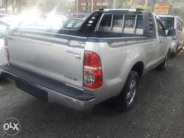 Toyota hilux very clean manual diesel