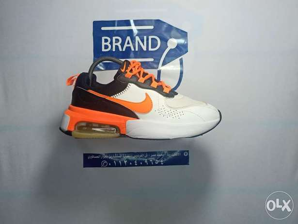 Brand373 nike air size 9.5 us
