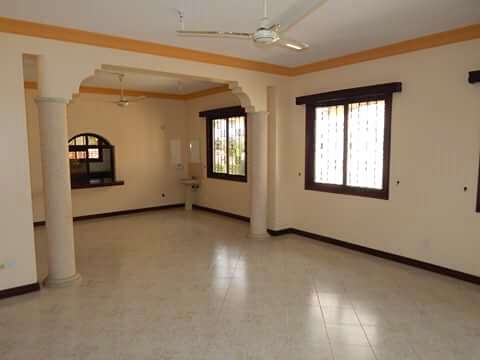 Executive 3BEDROOMS house available to let in kizingo,mombasa Vescon - image 6