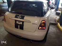Mini cooper toks 2009 super neat I mean squeaky clean off white