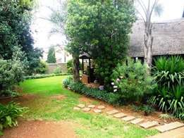Astonishing4 bedroom family house in Constantia Kloof available.