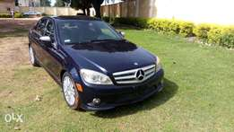 Very clean Mercedes Benz C300