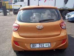 Hyundai i10 Grand Manual Bronze Colour